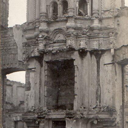 zerstörte Kiche in Mons